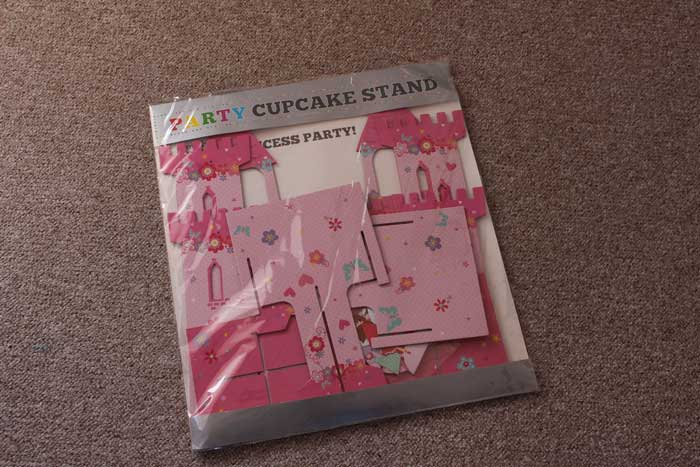 Cupcake stand unassembled and in packet